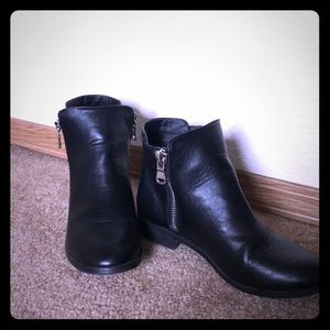 American Eagle Ankle Boots Size 8